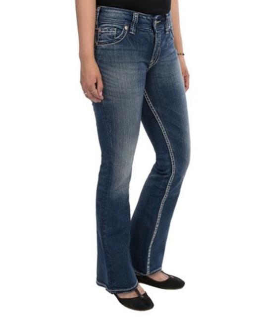Preload https://item1.tradesy.com/images/silver-jeans-co-denim-blue-medium-wash-women-s-suki-flap-petite-4p-boot-cut-jeans-size-27-4-s-23334700-0-0.jpg?width=400&height=650