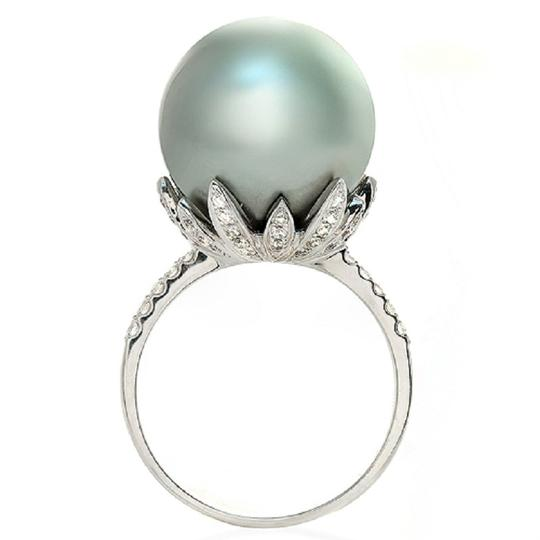 Preload https://img-static.tradesy.com/item/23334807/15-mm-south-sea-pearl-and-035-ct-diamonds-in-18k-white-gold-ring-0-0-540-540.jpg