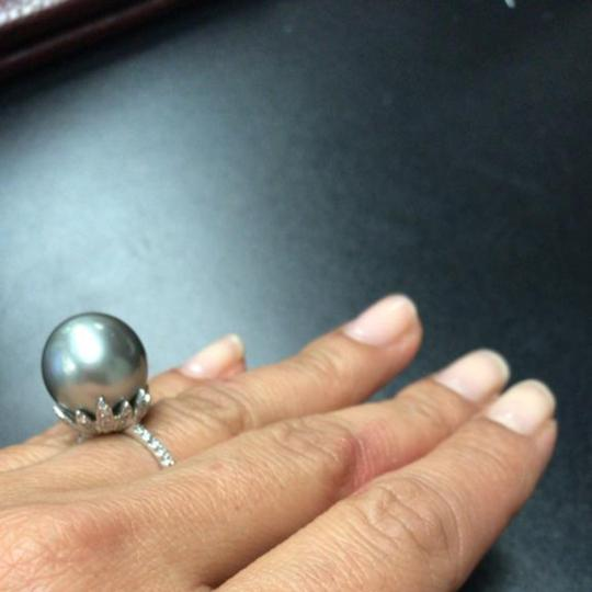Unbranded 15 mm South Sea Pearl & 0.35 CT Diamonds in 18K White Gold Ring