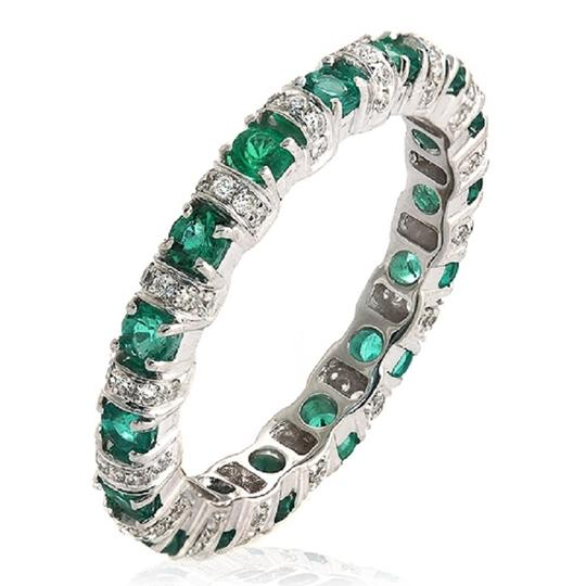 Unbranded 18K White Gold 0.32 CT Diamonds & 0.89 Emerald Wedding Band Ring