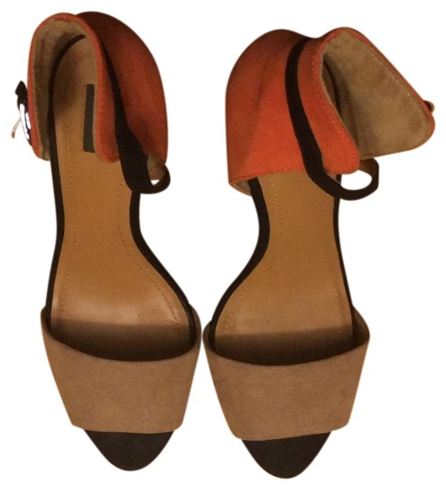 Preload https://item5.tradesy.com/images/zara-black-orange-tan-collection-by-basic-pumps-size-eu-39-approx-us-9-regular-m-b-23334854-0-1.jpg?width=440&height=440