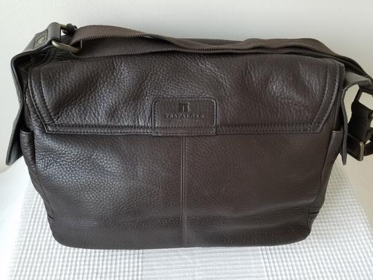 TRAFALGAR Brown Messenger Bag