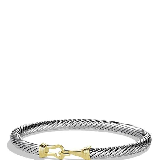 Preload https://item5.tradesy.com/images/david-yurman-gold-5mm-cable-buckle-bracelet-23334859-0-0.jpg?width=440&height=440