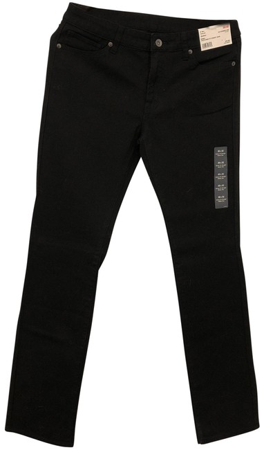 Preload https://img-static.tradesy.com/item/23334874/uniqlo-black-color-skinny-fit-straight-leg-jeans-size-8-m-29-30-0-1-650-650.jpg