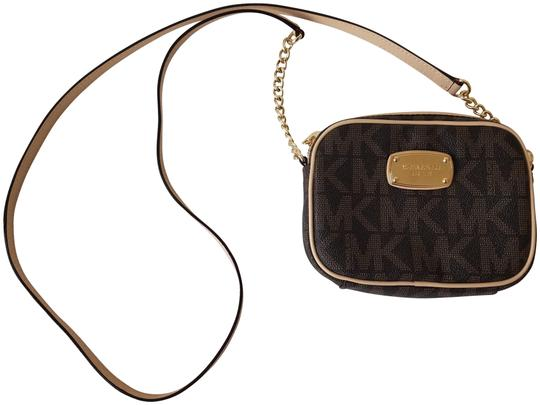Preload https://item4.tradesy.com/images/michael-michael-kors-east-west-brown-faux-leather-cross-body-bag-23334978-0-1.jpg?width=440&height=440