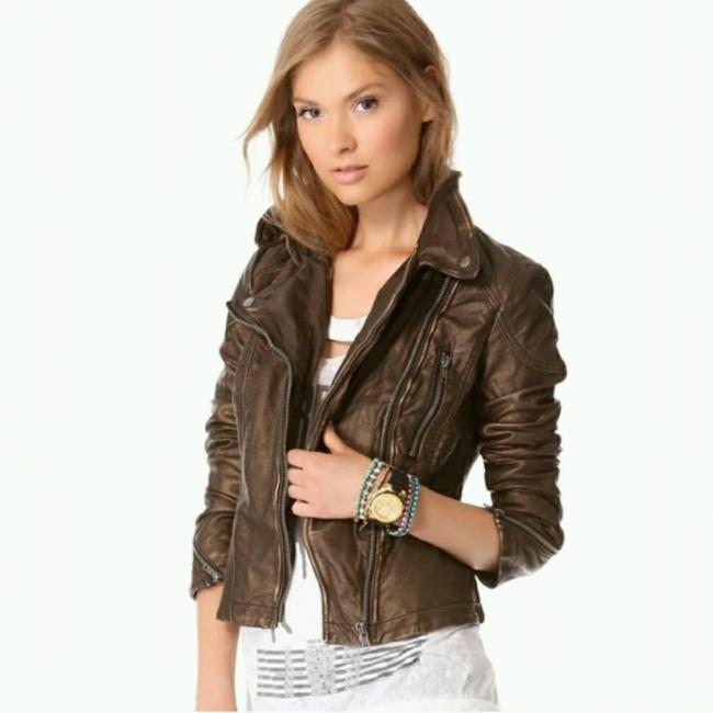 Preload https://item3.tradesy.com/images/free-people-brown-metallic-faux-leather-jacket-size-0-xs-23335107-0-2.jpg?width=400&height=650