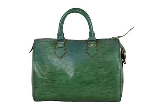 Preload https://img-static.tradesy.com/item/23335343/louis-vuitton-speedy-epi-25-purse-handbag-green-green-leather-tote-0-0-540-540.jpg