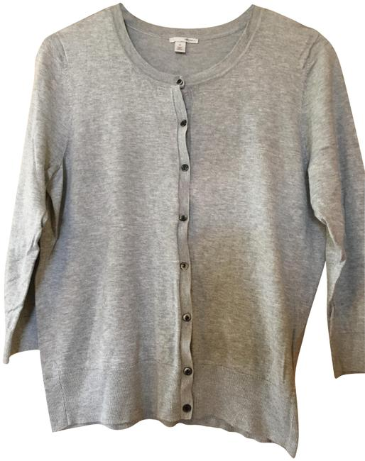 Preload https://img-static.tradesy.com/item/23335459/halogen-light-heather-grey-cropped-cardigan-size-14-l-0-1-650-650.jpg