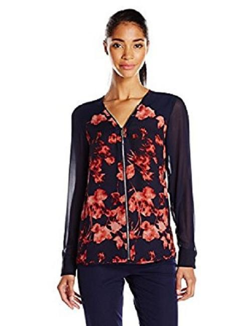 Preload https://img-static.tradesy.com/item/23335494/vince-camuto-rich-sequoa-floral-print-zip-front-small-blouse-size-4-s-0-2-650-650.jpg