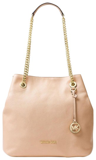 Preload https://img-static.tradesy.com/item/23335820/michael-kors-jet-set-chain-shoulder-raven-beige-leather-tote-0-1-540-540.jpg