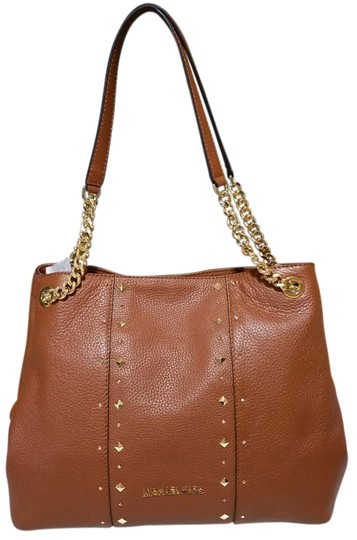 Preload https://item2.tradesy.com/images/michael-kors-jet-set-chain-stud-shoulder-raven-luggage-leather-tote-23335846-0-1.jpg?width=440&height=440