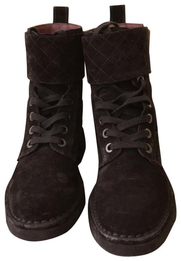 Preload https://item3.tradesy.com/images/chanel-black-quilted-combat-bootsbooties-size-eu-355-approx-us-55-regular-m-b-23336147-0-2.jpg?width=440&height=440