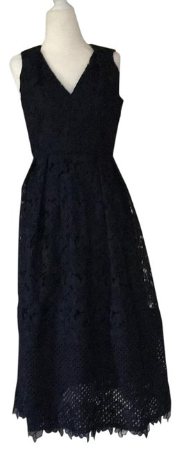 Preload https://item4.tradesy.com/images/ann-taylor-navy-stunning-mid-length-cocktail-dress-size-0-xs-23336148-0-2.jpg?width=400&height=650