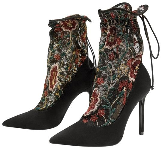 Preload https://img-static.tradesy.com/item/23336243/zara-black-floral-embroidered-stocking-style-high-heel-court-pumps-size-us-65-regular-m-b-0-1-540-540.jpg