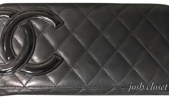 Preload https://img-static.tradesy.com/item/23336285/chanel-black-and-pink-interior-cambon-wallet-0-1-540-540.jpg