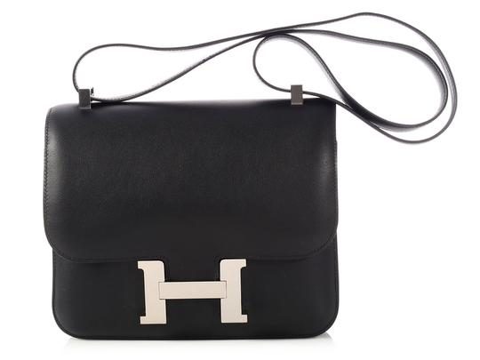 Preload https://item2.tradesy.com/images/hermes-constance-24-black-swift-leather-cross-body-bag-23336341-0-0.jpg?width=440&height=440