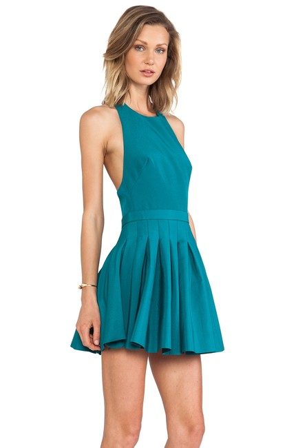 Preload https://item1.tradesy.com/images/emerald-one-life-in-short-cocktail-dress-size-12-l-23336445-0-0.jpg?width=400&height=650
