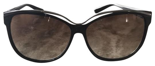 Preload https://img-static.tradesy.com/item/23336492/gucci-dark-brown-gg-3155s-sunglasses-0-2-540-540.jpg