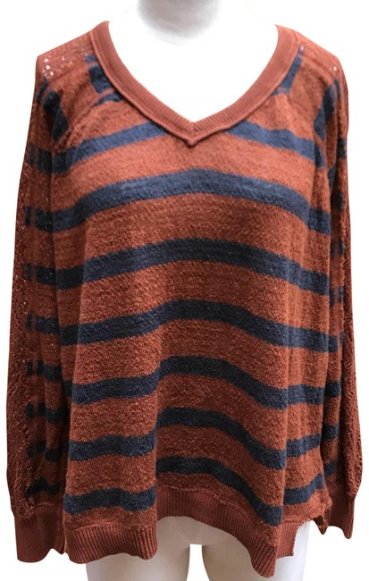 Preload https://item2.tradesy.com/images/free-people-rust-and-charcoal-grey-stripped-sweaterpullover-size-6-s-23336516-0-2.jpg?width=400&height=650