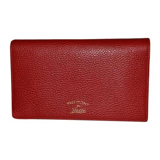 Preload https://item4.tradesy.com/images/gucci-walletcrossbody-red-leather-cross-body-bag-23336563-0-0.jpg?width=440&height=440