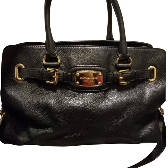 Preload https://item4.tradesy.com/images/michael-kors-with-gold-chain-black-leather-satchel-23336603-0-2.jpg?width=440&height=440