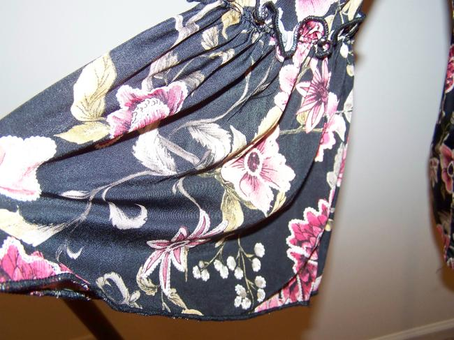 Espresso Hardware Top Black w/Floral Print and Gold Accents