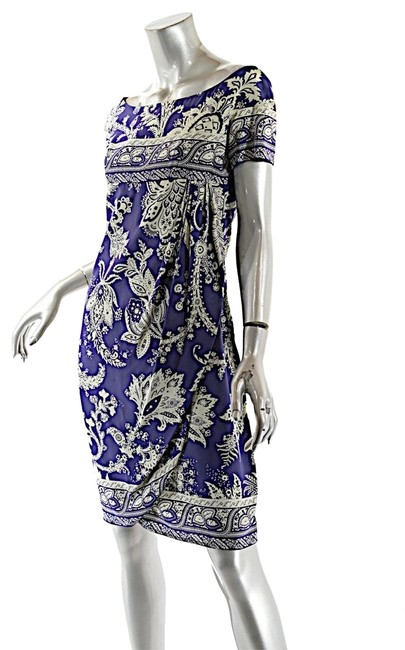 Preload https://item3.tradesy.com/images/valentino-blue-boutique-indigo-pale-sage-silk-floral-empire-rev-wrap-short-casual-dress-size-6-s-23336657-0-1.jpg?width=400&height=650