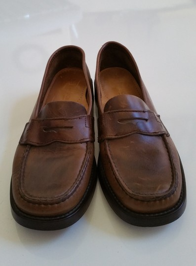 G.H. Bass & Co. Genuine Leather Women's Loafers Size 8 Brown Flats