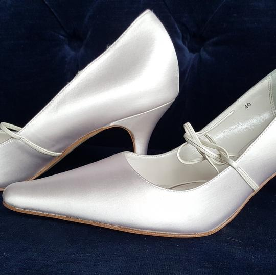 Filippa Scott white Pumps