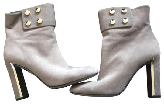 Preload https://item1.tradesy.com/images/gucci-grey-suede-ankle-bootsbooties-size-eu-38-approx-us-8-regular-m-b-23337115-0-1.jpg?width=440&height=440