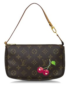 Louis Vuitton Pochette Limited Edition Monogram Shoulder Bag
