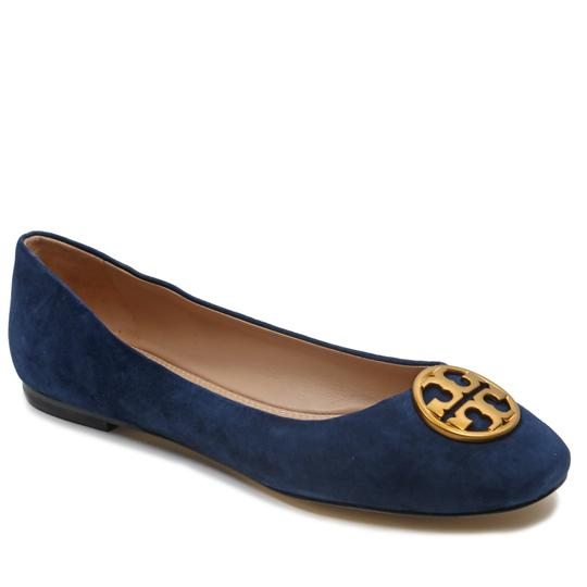 Preload https://img-static.tradesy.com/item/23337177/tory-burch-royal-navy-chelsea-women-ballet-suede-leather-tb-logo-flats-size-us-9-regular-m-b-0-0-540-540.jpg