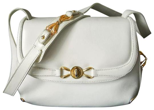 Preload https://item2.tradesy.com/images/gucci-casual-dressy-crossbody-white-leather-shoulder-bag-23337191-0-1.jpg?width=440&height=440