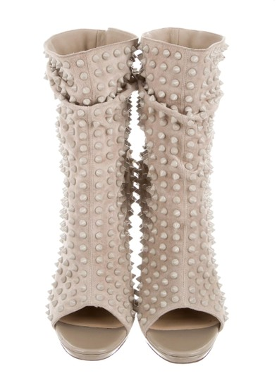 Preload https://img-static.tradesy.com/item/23337244/christian-louboutin-beige-spiked-guerilla-120-ankle-bootsbooties-size-us-105-regular-m-b-0-0-540-540.jpg