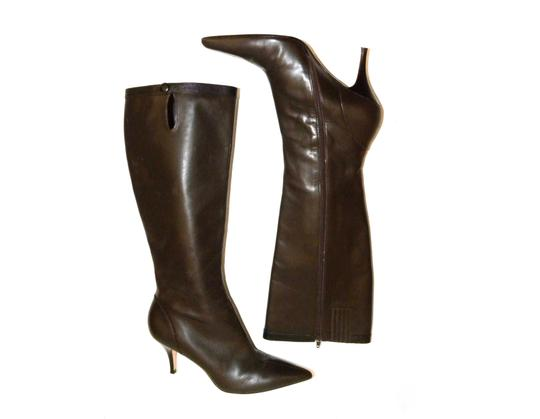 Preload https://img-static.tradesy.com/item/23337247/ann-taylor-brown-stiletto-pointy-toe-leather-bootsbooties-size-us-8-regular-m-b-0-1-540-540.jpg