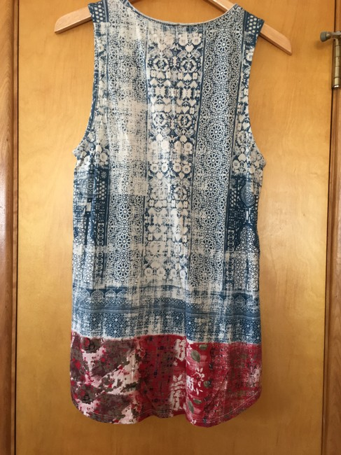Lucky Brand Cool Unique Summery Top Blue and maroon batik
