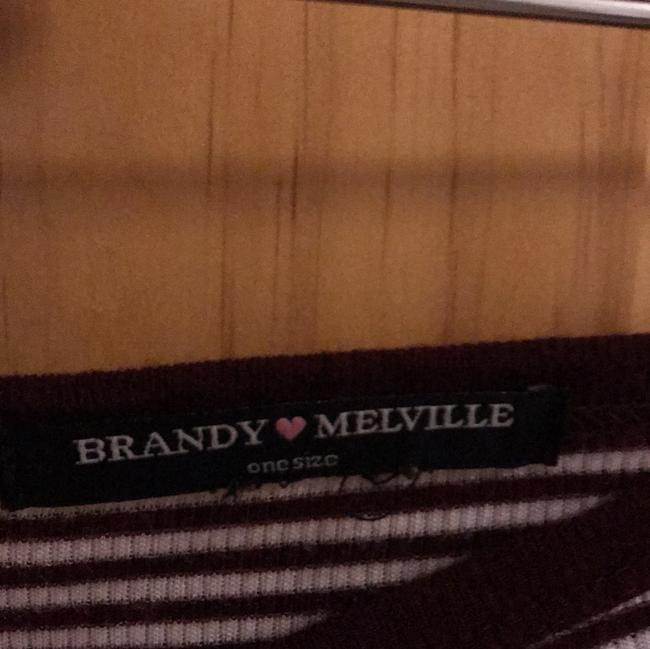Brandy Melville T Shirt Maroon and white