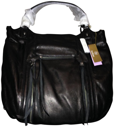 Preload https://img-static.tradesy.com/item/23337488/botkier-logan-shopper-black-leather-shoulder-bag-0-3-540-540.jpg