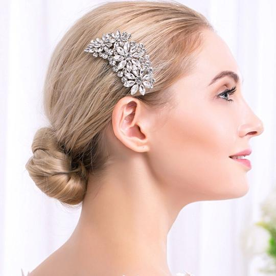 Preload https://item3.tradesy.com/images/silver-plated-bridal-special-event-rhinestone-hair-accessory-23337702-0-0.jpg?width=440&height=440
