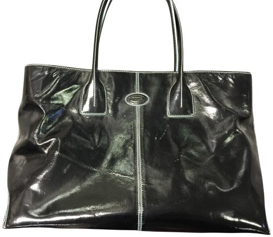 Preload https://item4.tradesy.com/images/tod-s-leather-black-tote-23337723-0-2.jpg?width=440&height=440