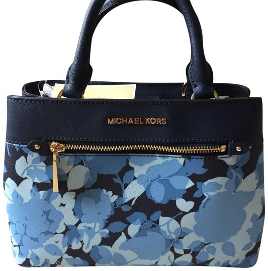 Preload https://img-static.tradesy.com/item/23337761/michael-kors-hailee-blue-crossbody-handbag-navy-satchel-0-1-540-540.jpg