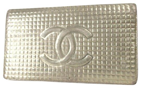 Preload https://item5.tradesy.com/images/chanel-silver-gold-cc-with-logo-purse-leather-wallet-23337814-0-2.jpg?width=440&height=440