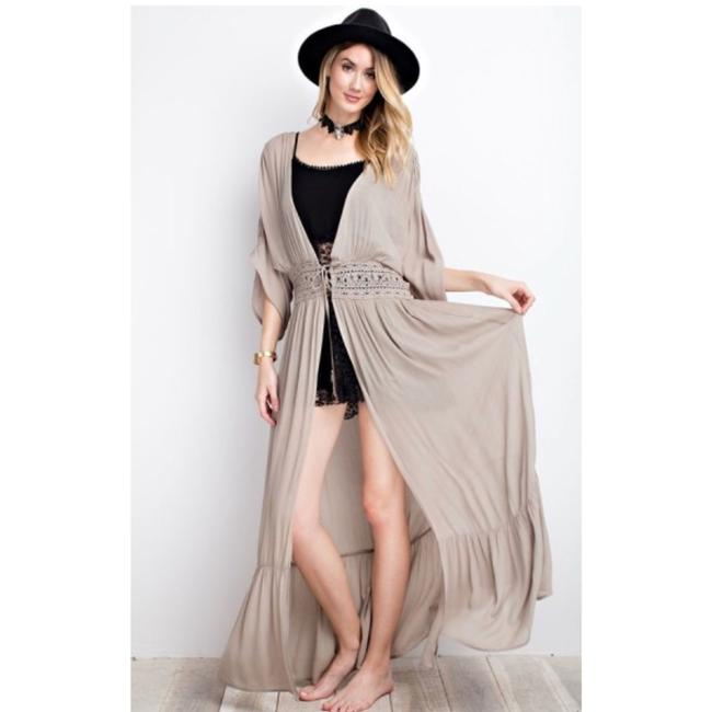 Preload https://item2.tradesy.com/images/easel-luxe-bohemian-maxi-cardigan-size-6-s-23337876-0-0.jpg?width=400&height=650