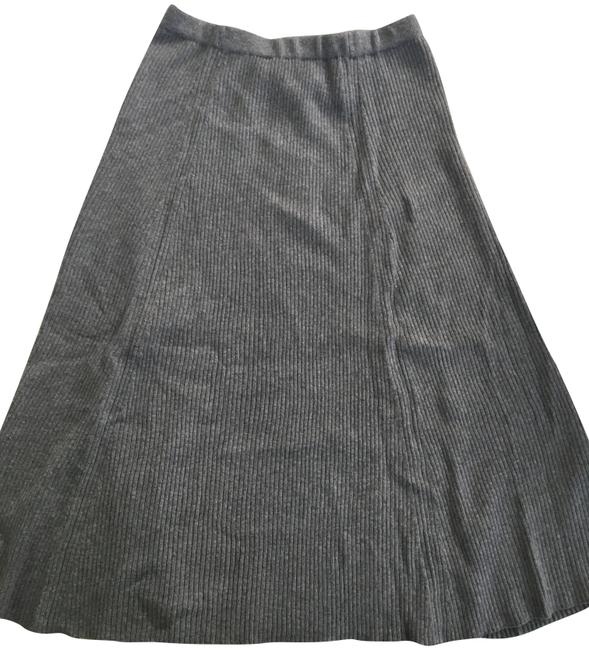 Preload https://img-static.tradesy.com/item/23337896/banana-republic-gray-yarn-skirt-size-8-m-29-30-0-1-650-650.jpg
