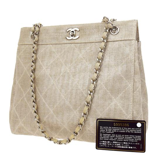 Preload https://img-static.tradesy.com/item/23338044/chanel-cc-quilted-chain-shoulder-italy-beige-linen-leather-tote-0-0-540-540.jpg