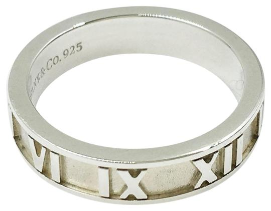 Preload https://item5.tradesy.com/images/tiffany-and-co-silver-atlas-size-475-ring-23338084-0-1.jpg?width=440&height=440