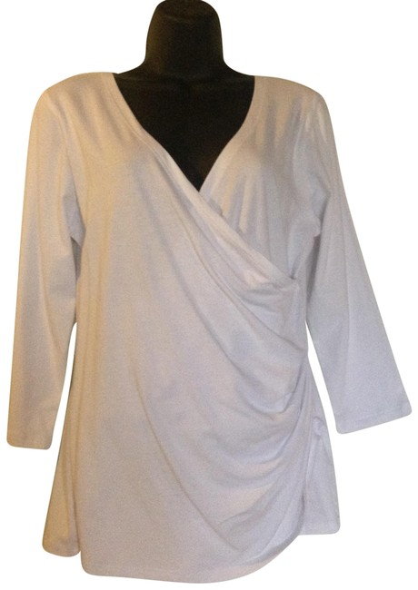 Preload https://item4.tradesy.com/images/white-tee-shirt-size-12-l-23338223-0-2.jpg?width=400&height=650