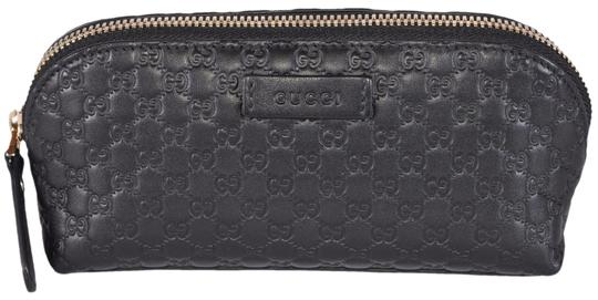 Preload https://item4.tradesy.com/images/gucci-black-new-449894-leather-micro-gg-guccissima-cosmetic-bag-23338268-0-2.jpg?width=440&height=440