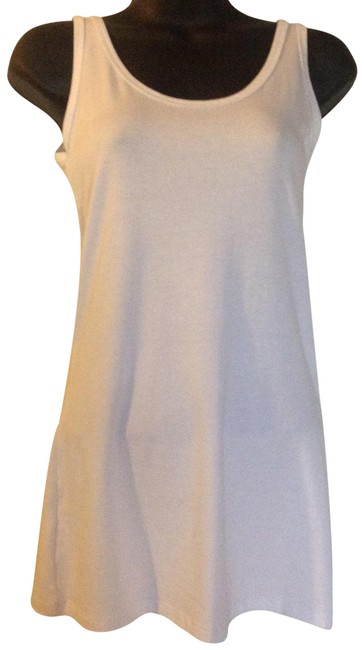Preload https://item2.tradesy.com/images/white-tank-topcami-size-2-xs-23338271-0-1.jpg?width=400&height=650