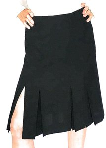 Chanel Pleated Knee Skirt Black